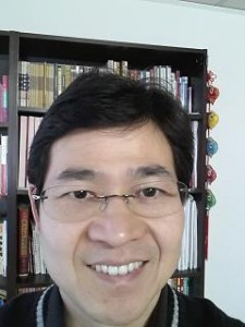 Acupuncturist and Chinese herbalist Dr. Rayman Wu (CM)